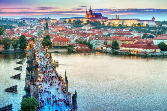 Уикенд в Прага 2020 със самолет, 2 нощувки Гарантирано заминаване всяка седмица!